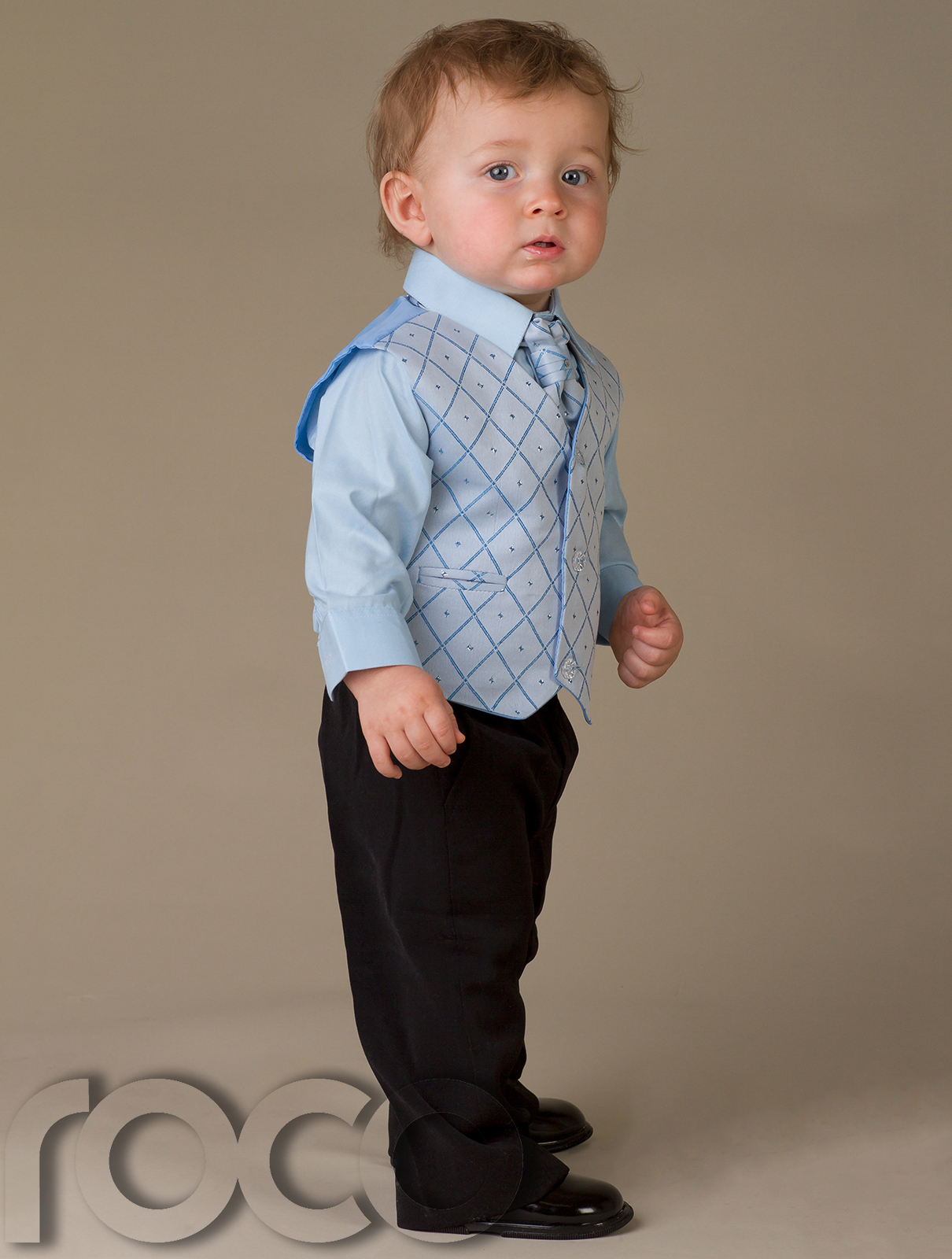Free shipping on baby boy clothes at celebtubesnews.ml Shop bodysuits, footies, rompers, coats & more clothing for baby boys. Free shipping & returns.