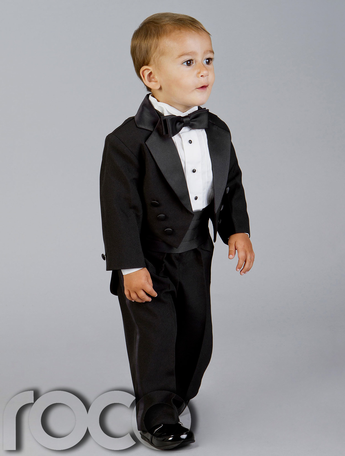 Shop for boys tuxedos, baby tuxedos and toddler tuxes. Perfect ring bearer outfits for your wedding. Formal Wear for kids of all ages at Perfect Tux.