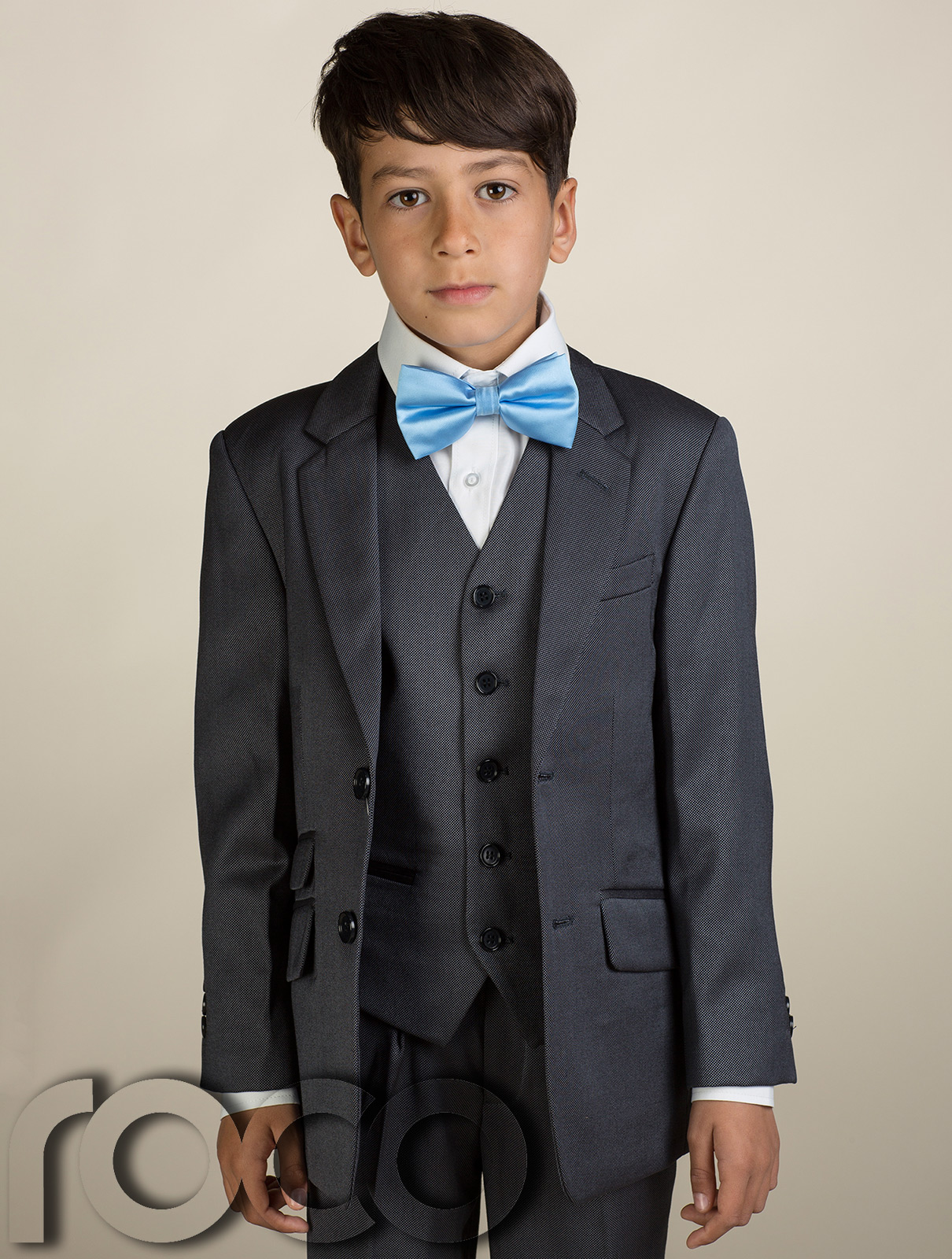 autoebookj1.ga we offer a complete selection of the finest names in kids suits boys white tuxedo for kids kids blue suit boys royal blue suit boys tuxedo suit boys formal suits boys charcoal suit cheap boys dress suits and much more. it becomes highly difficult to find the right size and the best fit in boys suits. It also becomes really.