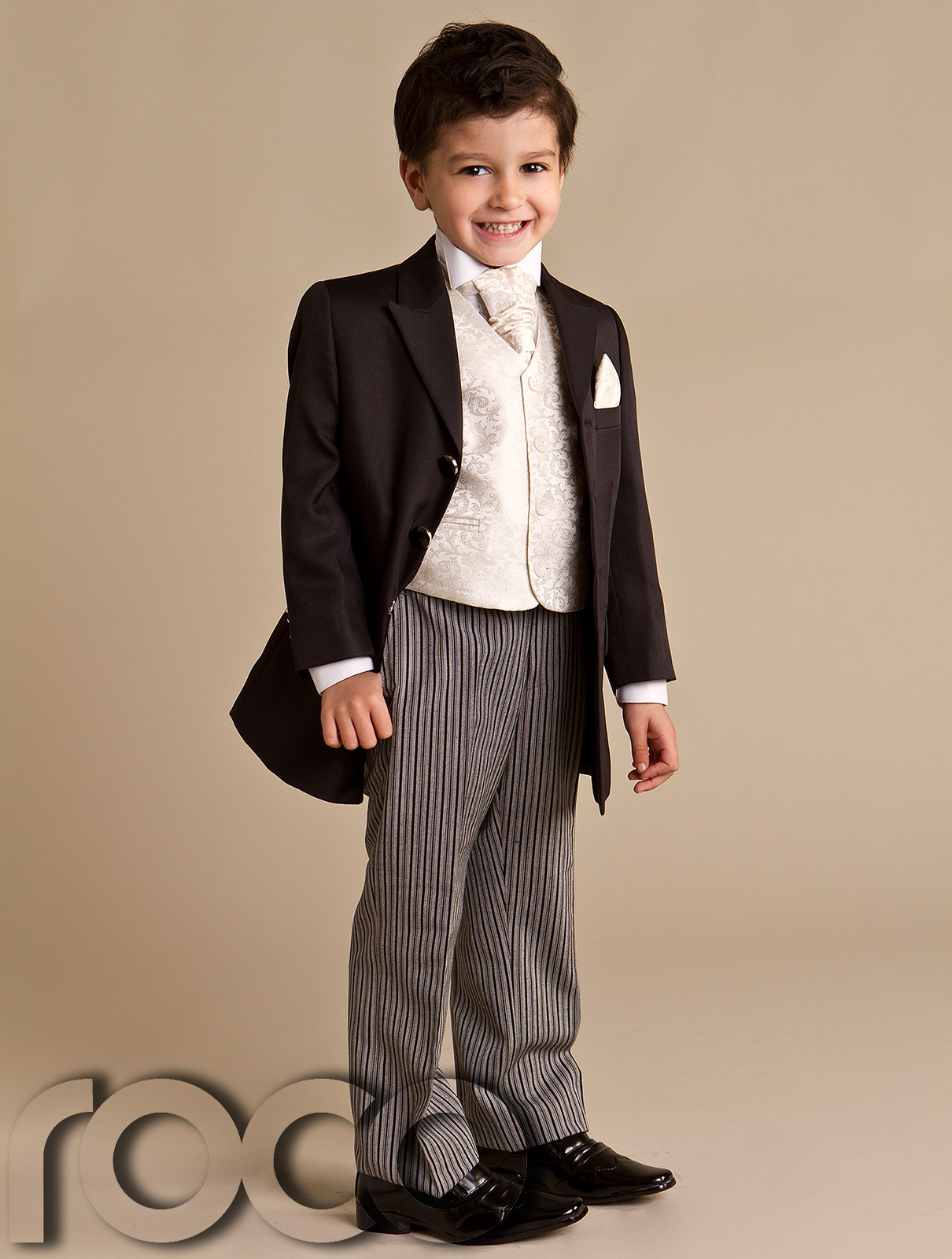 We have finest selection of Boy's Suits needed for a Wedding, First Communion, Holiday Party or other formal event. Boys Suits at humorrmundiall.ga are perfect for your Baby Boy, Toddler or Little Boy.
