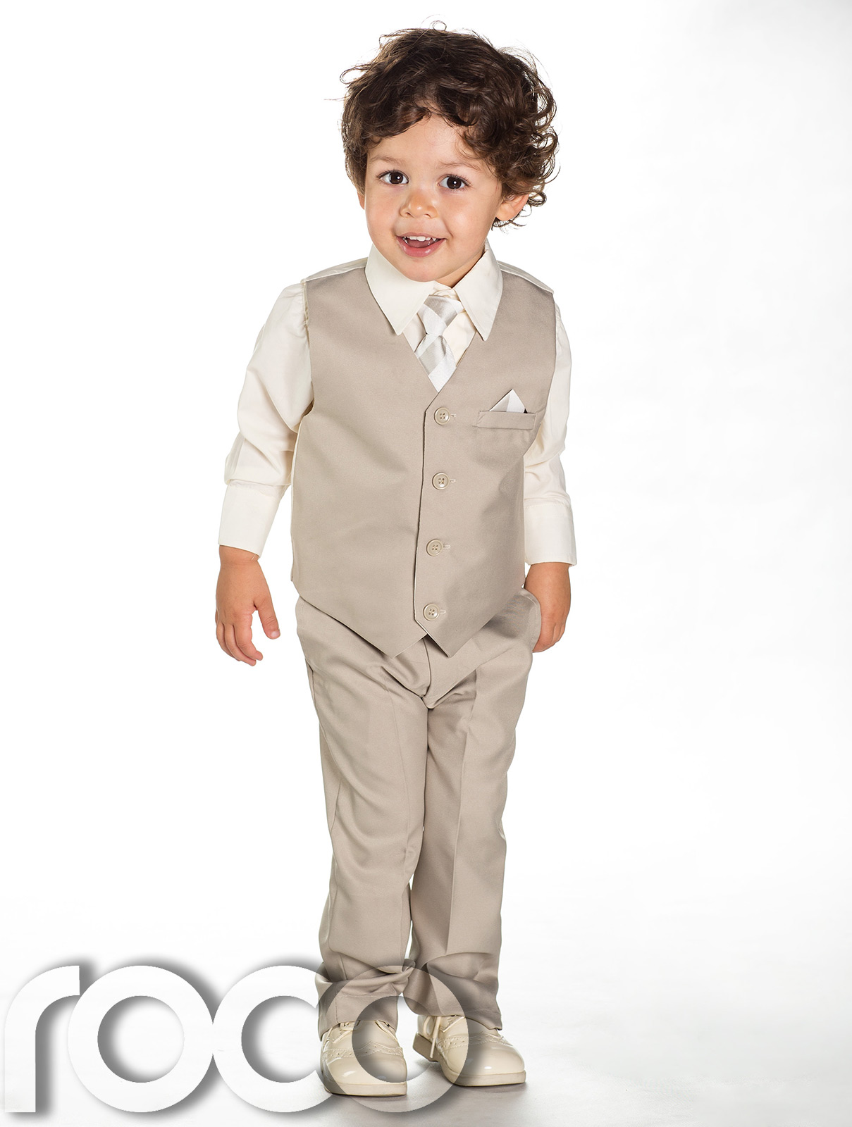 Buy Boys Wedding Suits from the No1 Boys suits website Occasion Wear for Kids. We stock a huge range of boys wedding suits with a wide range of colors from royal blue, blue, navy, grey, silver and black boys wedding suits.
